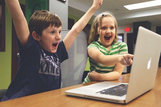 children talking about what defines success