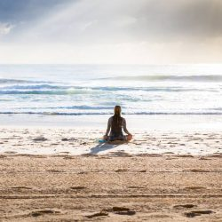 How To Stop Feeling Lonely. 10 New Ways To Look At Alone Time